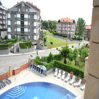 Maritimo Ris Hotel