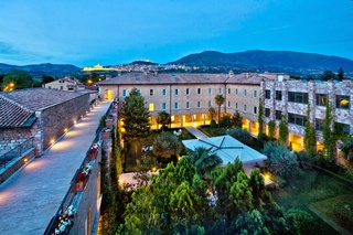 Hotel Cenacolo, Viale Patrono D'italia,70