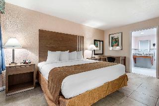 Rodeway Inn & Suites FLL Airport - Cruise Port