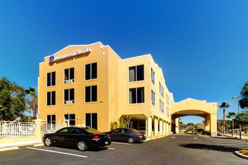 Comfort Suites Clearwater, 1941 Edgewater Dr,1941
