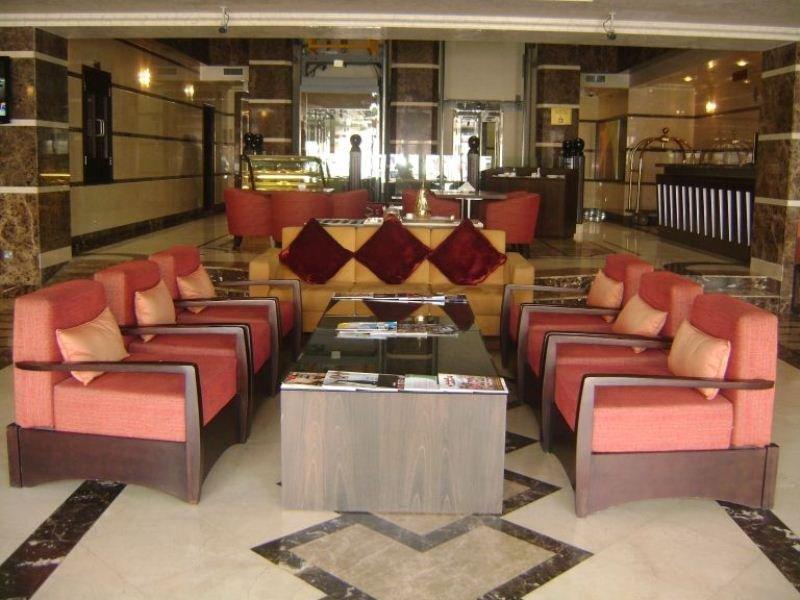 London Crown Hotel - Diele