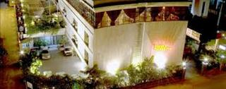 Hotel Sapphire Colombo, 371, Calle Road,