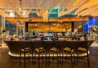 Yas Hotel Abu Dhabi - Bar