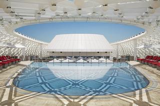 Yas Hotel Abu Dhabi - Pool