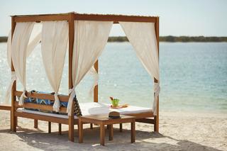 Yas Hotel Abu Dhabi - Strand