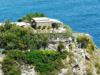 Punta Chiarito Resort, Via Sorgeto,51