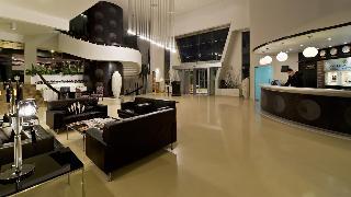Golden Tulip Al Jazira Hotel & Resort - Diele