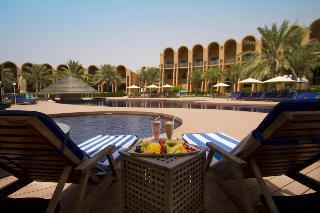 Golden Tulip Al Jazira Hotel & Resort - Pool