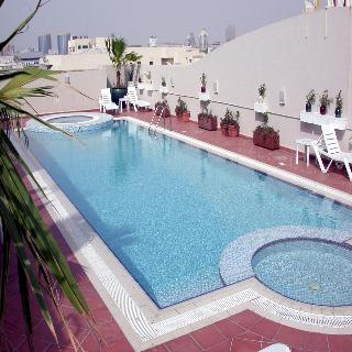 Winchester Grand Hotel Apartments - Pool
