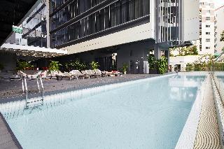 Studio M Hotel - Pool