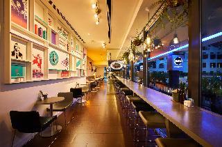 Studio M Hotel - Restaurant