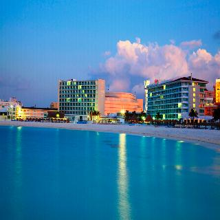 Krystal Cancun, Cancun (and Vicinity)