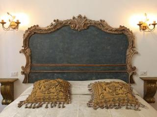 Navona Governo Vecchio Suites