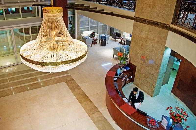 Swiss-Belhotel Doha - Diele