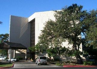 Holiday Inn Express & Suites San Antonio East I10
