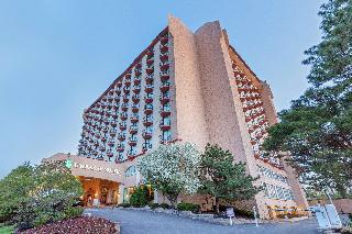 Embassy Suites Kansas…, 220 West 43rd Street,
