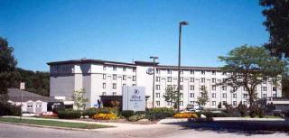 Holiday Inn Milwaukee…, 4700 North Port Washington…