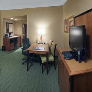 Embassy Suites East Peoria - Hotel&riverfront