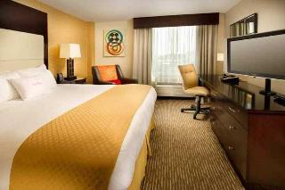 Doubletree Hotel Chattanooga, 407 Chestnut Street,