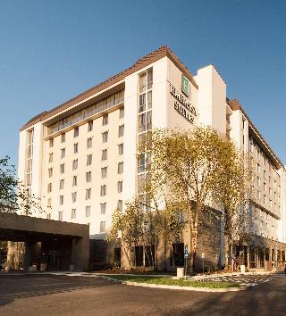 Embassy Suites Nashville…, 10 Century Boulevard,10