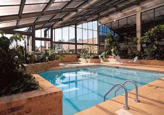 Doubletree Hotel Memphis, 5069 Sanderlin Avenue,
