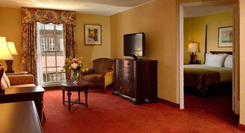 Doubletree Guest Suites Charleston - Historic