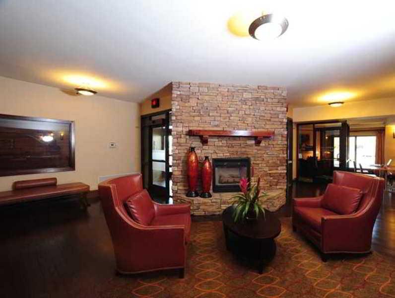 Hampton Inn & Suites Nashville - Airport
