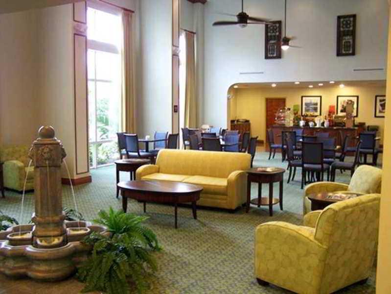 Book Hampton Inn & Suites Ft. Pierce Fort Pierce - image 1