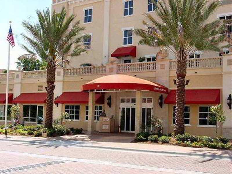 Hampton Inn & Suites…, 80 Beach Drive Ne,