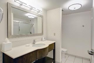 Hampton Inn Suites, 65 Cromarty Drive,