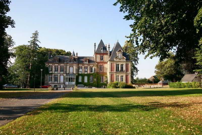 Le Château de Prêtreville, Quartier De PrÊtreville,