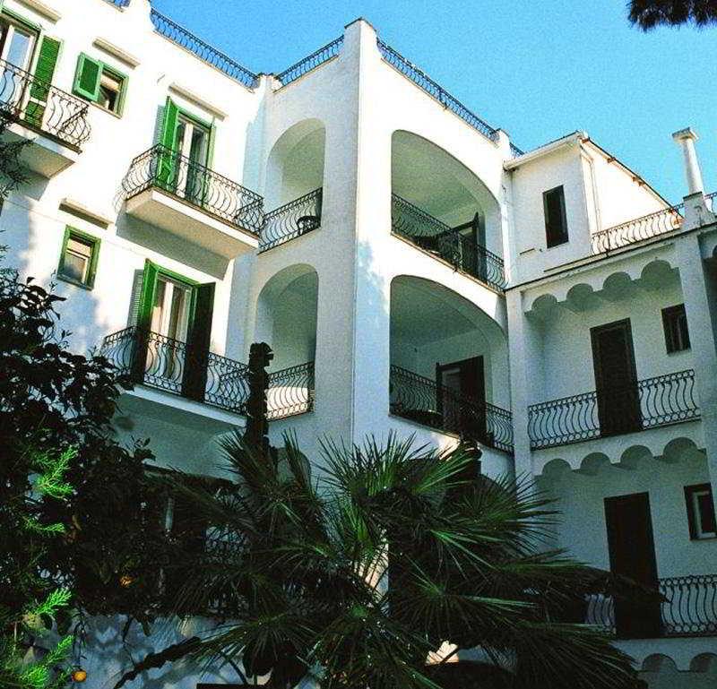 Parcoverde Terme Hotel, Via Michele Mazzella,43