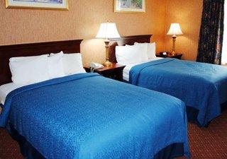 Book Quality Inn & Suites Hartford - image 11