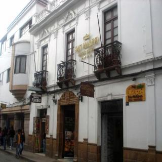 San Marino Royal, Arenales 13,