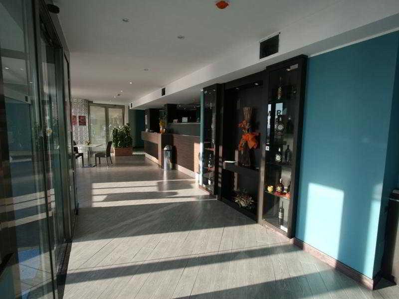 Ancora Hotel, Via Mar Ionio,332