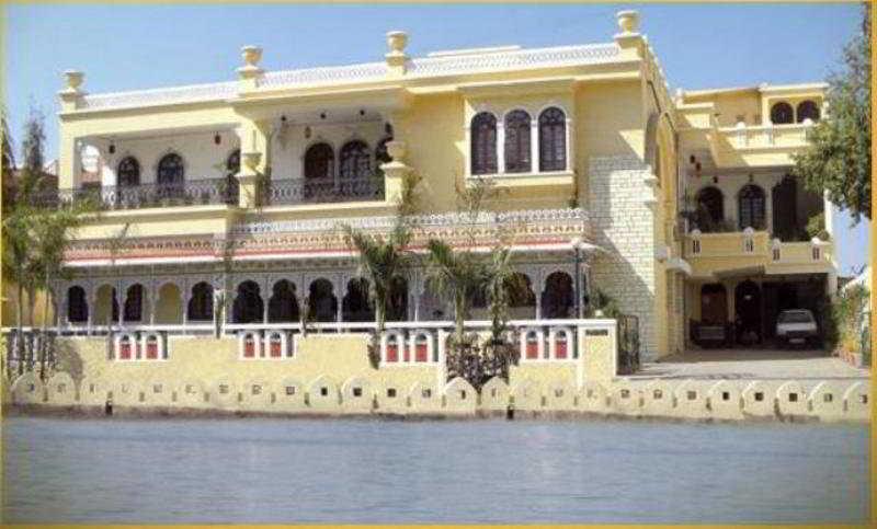Panna Vilas, 758(280) Rani Road, Fateh…