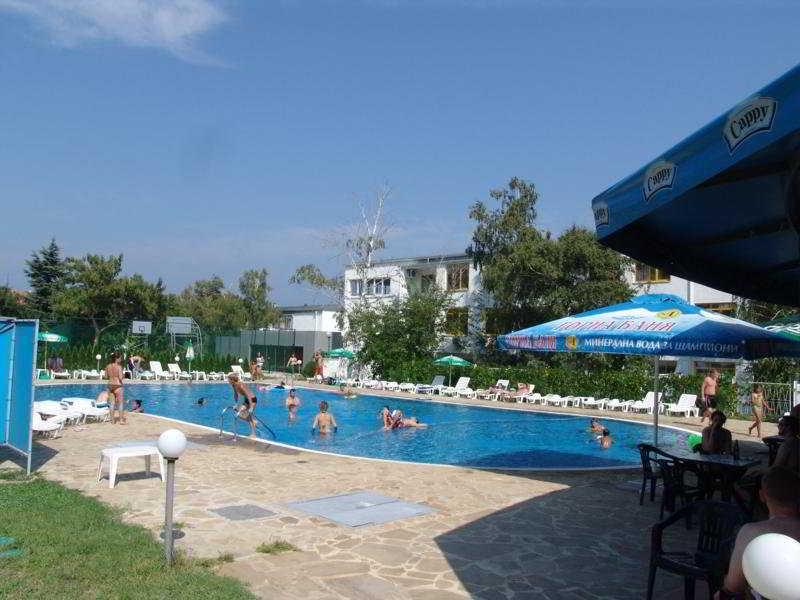 Strandzha - Pool