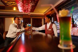 Pokhara Grande - Bar