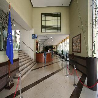 BMB Suites Apart Hotel - Diele