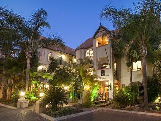 Court Classique Suite Hotel - Generell