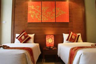 Phuket Hotels:Honey Resort