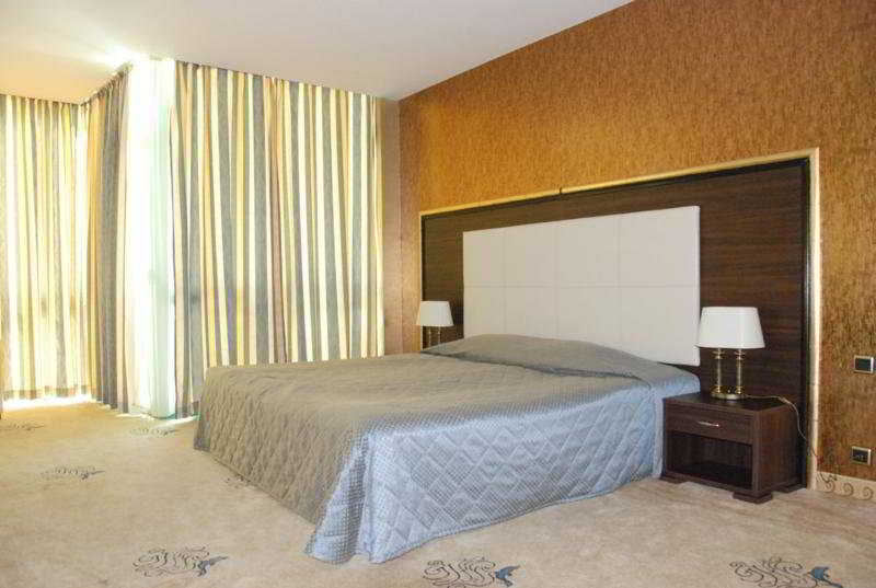 Grand Hotel Primorsko - Zimmer