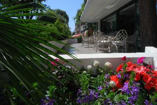 Bracciotti Hotel, Viale Colombo,366