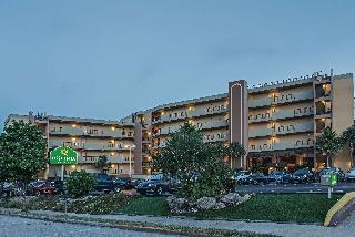 La Quinta Inn & Suites Cocoa Beach - Oceanfront