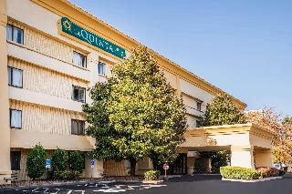 La Quinta Inn & Suites…, 4207 Franklin Commons Court,4207