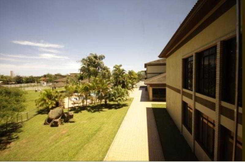 Canto Da Ilha Hotel, Av. Luis Boiteux Piazza,…