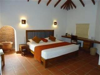 Ranweli Holiday Village Waikkale Negombo - Zimmer
