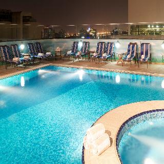 Ramada Chelsea Hotel Al Barsha - Pool