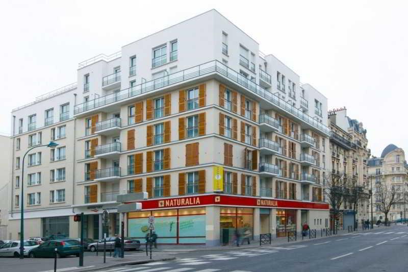 Appart`city Clichy Mairie