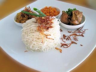 Heritage Hotel Anuradhapura - Restaurant